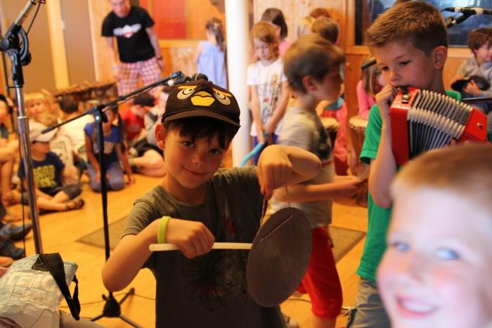 Activités-musique-et-chansons-pour-enfants-Centres-de-loisirs-ALSH-Centres-Spécialisés-Feeling-Studio-Lille