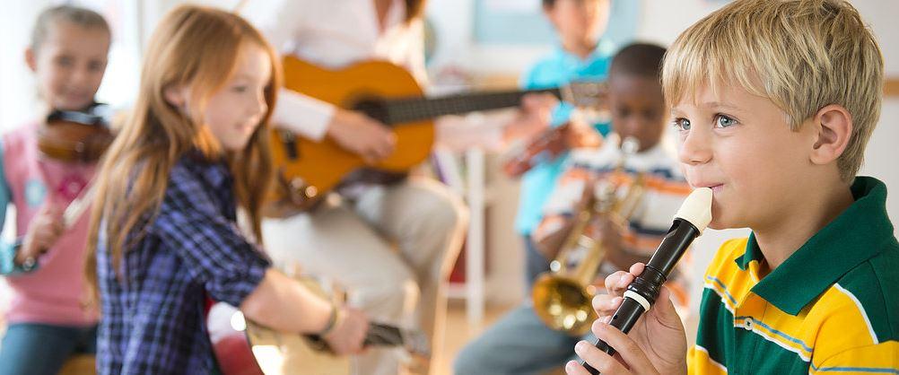 Activités autour de la musqiue et du chant pour les écoles collèges Centre de loisirs alsh centres spécialisés
